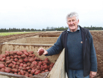 Ohakune's Ron Few and his family have built up a huge farming business which includes growing carrots and potatoes.