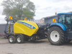 Increasing bale output was key to Davidson Contracting upgrading to a New Holland RB125C combi at the start of the season.