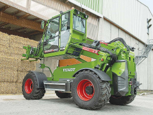 Fendt's Cargo T955 has a maximum load capacity of 5.5 tonnes with a lift height of up to 8.5m.