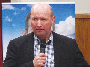 National's agriculture spokesman David Bennett suggests the current drive for sustainability needs to be driven by using good scientific evidence and a consistent approach that doesn't hurt the key primary sector players.