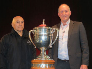 Cedric Nepia (Trophy Kaitiaki) and Andrew Morrison, chairman of Beef + Lamb New Zealand.