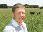 Massey University's Professor Paul Kenyon led the early weaning trials.