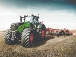 Fendt believes its 400-500hp models will supply demand that until now has been dominated by gigantic track layers.