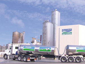 Fonterra has lost out to Canadian company Saputo in buying the troubled Australian dairy processor Murray Goulburn.