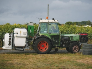 An Ag03 machine which fits onto a sprayer.