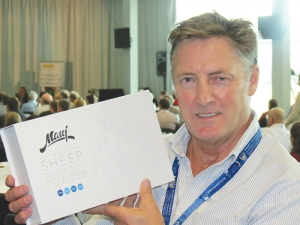 Maui Milk's Peter Gatley says there's no way NZ's fledging sheep milking industry will ever replace the bovine sector.
